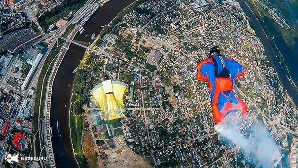 Над Тюменью впервые в России пролетела «белка-летяга». ФОТО, ВИДЕО