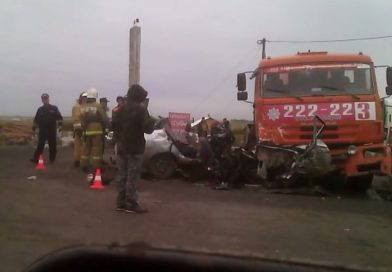 Жуткое ДТП в Кургане: «десятку» разорвало об КАМАЗ, четверо погибших