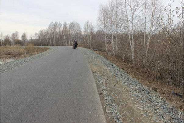 Мотоциклист погиб, въехав в дерево