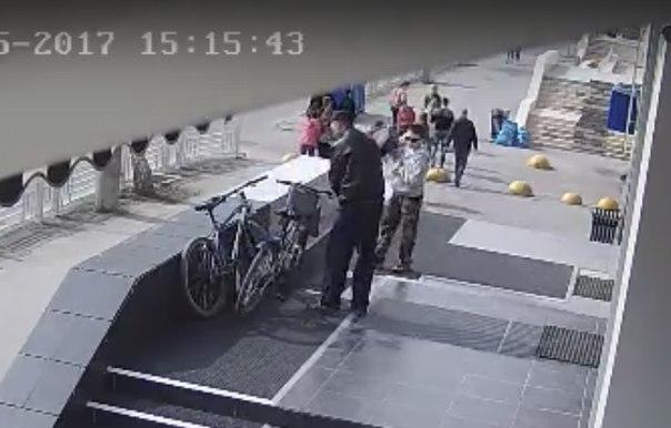 кража велосипеда в центре Тюмени