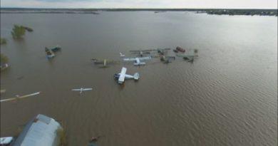 В Ишиме затопило аэродром