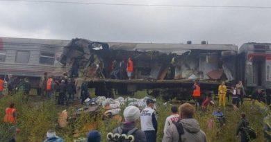 поезд Нижневартовск КАМАЗ