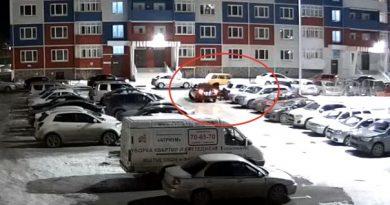 сливают бензин Плеханова