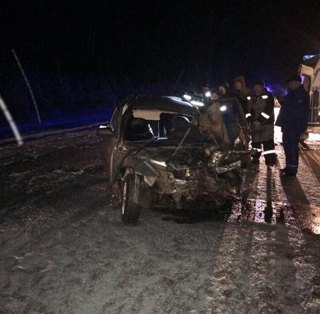 В массовой аварии под Уватом погиб водитель ВАЗа