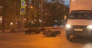 в Тюмени разбились 2 байкера
