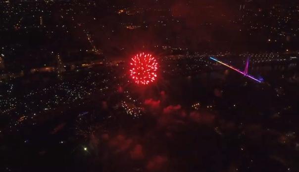 Салют в День города - 2019 в Тюмени. Лучшие ВИДЕО очевидцев