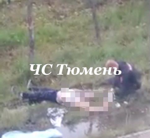 Мужчина упал с крыши девятиэтажки на Червишевском тракте