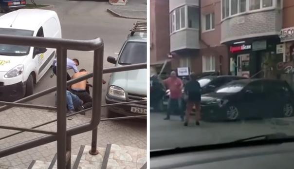 Уличные драки на выходных в центре Тюмени. ВИДЕО очевидцев