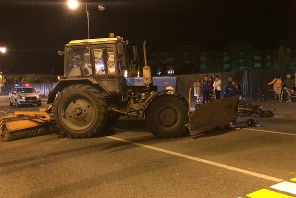 Появились фото и подробности ночного ДТП в Тобольске, где погиб байкер