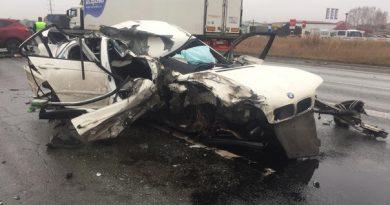 Водитель BMW погиб в аварии на трассе Тюмень - Омск
