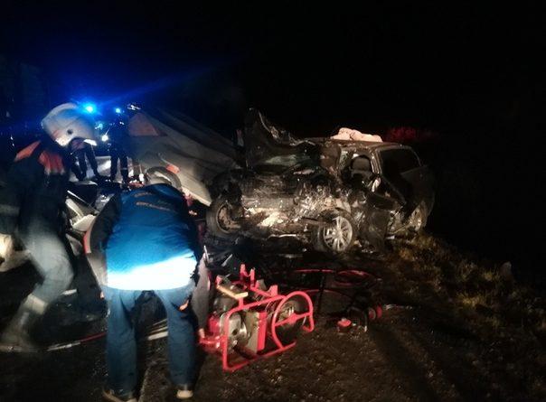 Два человека погибли в жуткой аварии на трассе Курган-Тюмень