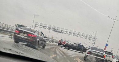 """В Тюмени выпал первый снег. Онлайн """"дня жестянщика"""""""
