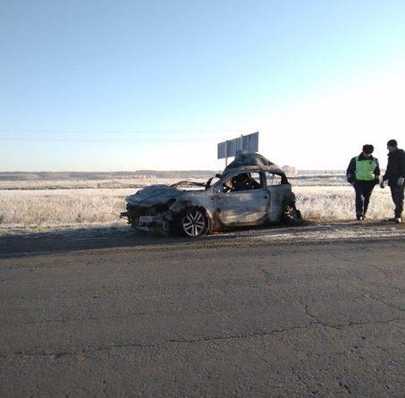 Ночью под Пышмой Opel рухнул с моста и загорелся, погибли две пассажирки