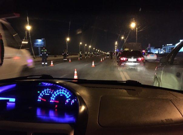 Полицейский рейд на Алебашевской создал многокилометровую пробку. ВИДЕО