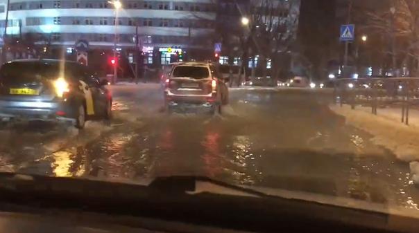 Коммунальная авария в районе ТИУ: утром было восстановлено водоснабжение