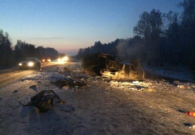 Две страшных аварии на трассе Иртыш произошли в течение получаса минувшего четверга