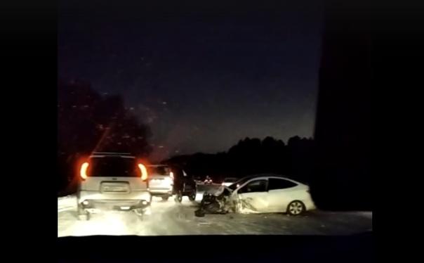 В утренней аварии на Червишевском тракте погиб водитель KIA