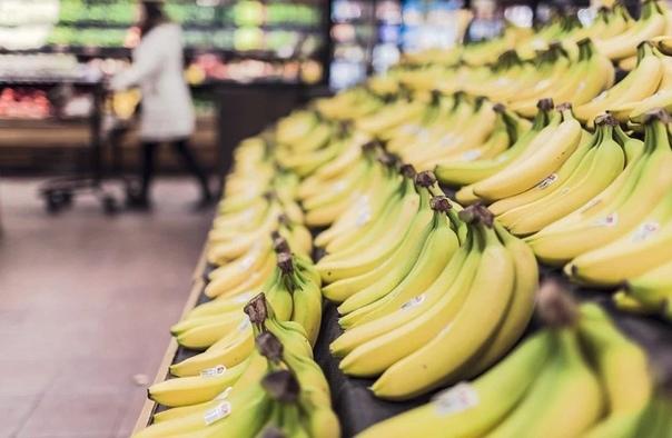 """""""Сразу пересылайте, не надо отвечать"""". Запись о вирусе в бананах из Китая - фейк или правда?"""