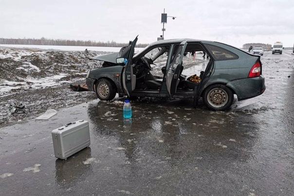 Под Ишимом в аварии с участием машины BlaBlaCar погибла беременная пассажирка