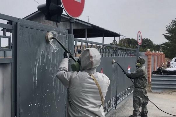 Специальный отряд РХБ защиты провел дезинфекцию ТВВИКУ, где произошла вспышка коронавируса