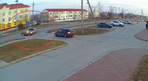 В Губкинском разбился байкер. ВИДЕО смертельной аварии появилось в сети