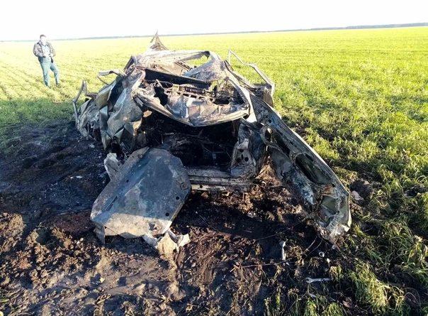 Ранним утром под Заводоуковском опрокинулся в кювет и сгорел BMW, водитель погиб