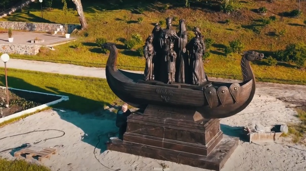 В Тюмени установили памятник царской семье. ВИДЕО