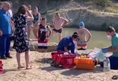 На Муллашах 22-летний мужчина неудачно прыгнул в воду: в коме увезли в реанимацию