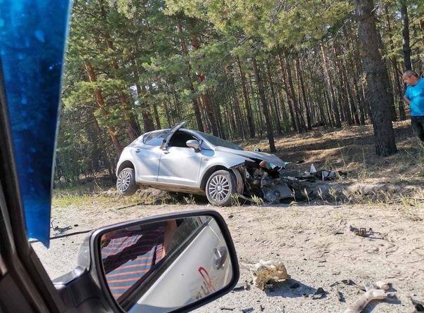 """Лобовая авария на Муллашах: FIAT вылетел на встречку к """"Тойоте"""""""