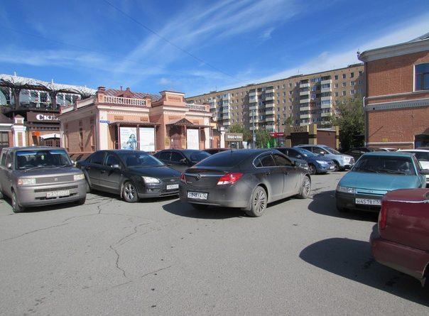 На следующей неделе парковка у площади Солнца на Первомайской станет платной
