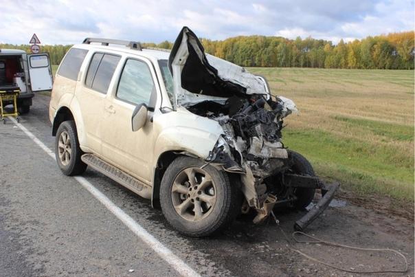 Смертельная авария на трассе Тюмень - Омск: столкнулись два внедорожника, один сгорел