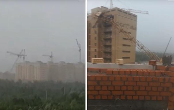 В Тюмени рухнули три башенных крана. Опубликовано ВИДЕО падения и первых минут после ЧП