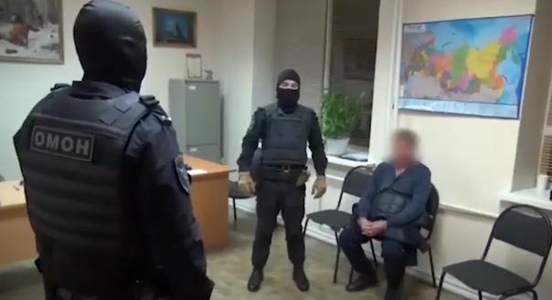 В Тюмени задержали банду вымогателей, лидером которой был местный криминальный авторитет
