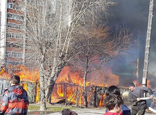 Пожар Совхозная Молодежная в Тюмени