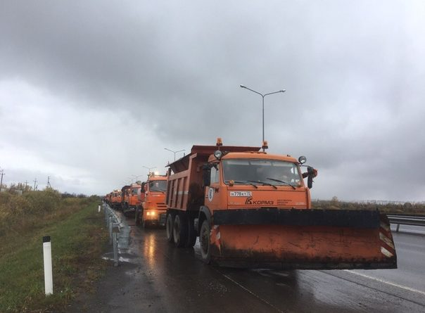 парад дорожной техники