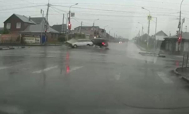 видео из Омска