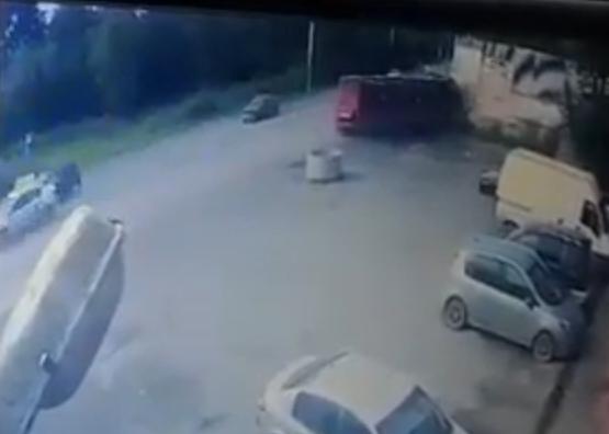 Опубликовано ВИДЕО смертельного ДТП в Перми, где рейсовый автобус врезался в бетонную стену