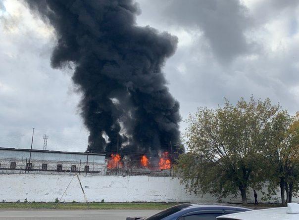Крупный пожар в ИК-4 в Тюмени. ВИДЕО очевидцев