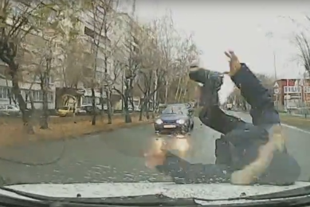 "Появилось видео момента ДТП на ул.Мира, где ""Ниссан"" сбил ребенка"