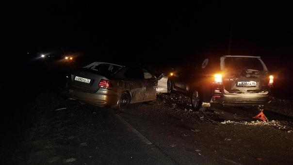 На трассе под Ярково Volkswagen Polo поочередно столкнулся с пятью автомобилями