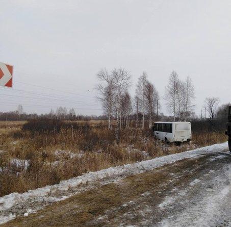 Шесть работников птицефабрики пострадали в утреннем ДТП под Ялуторовском