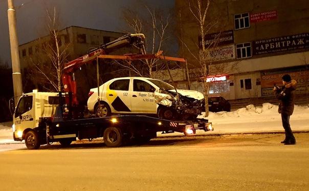 жесткое дтп республики яндекс такси
