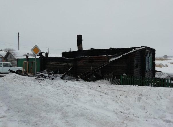 В страшном пожаре в селе под Ишимом погибли три человека