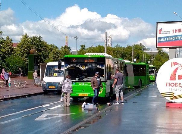 Напротив Центрального рынка 25-й автобус сбил пенсионерку