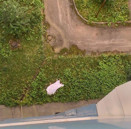 Из окна второй областной больницы выпал мужчина. Подробности