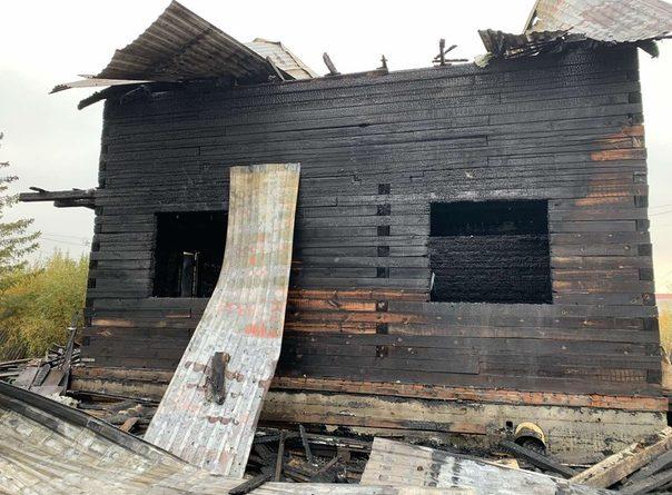 """Жуткий пожар в СНТ """"Малинка"""" в Тюмени: погиб один ребенок, еще трое в реанимации"""