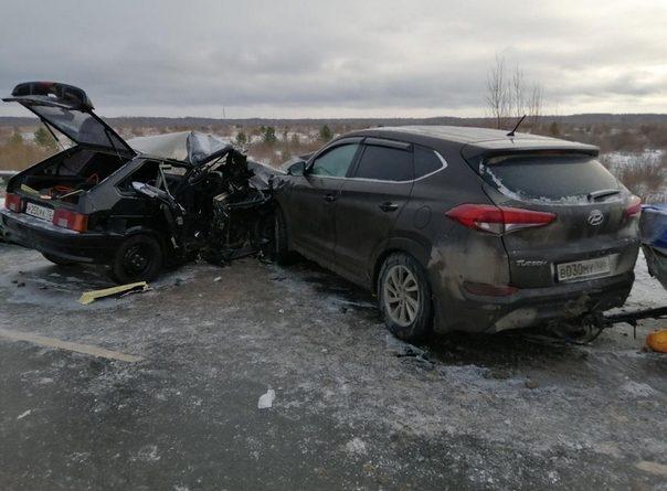 Тринадцатилетняя школьница погибла в лобовом ДТП на дороге Ялуторовск - Ярково