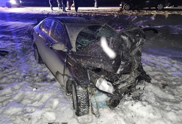 В аварии на трассе под Ялуторовском погибли двое