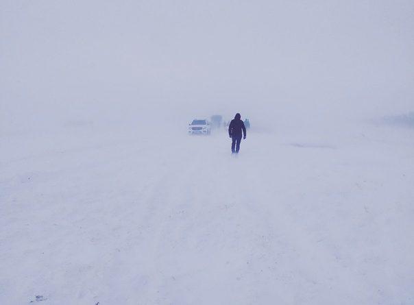 """""""Мы оказались в эпицентре снежной стихии"""". История спасения тюменских горнолыжников, чей автобус застрял на трассе Магнитогорск - Челябинск"""