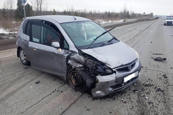 Авария около АЗС на трассе под Ярково: трое пострадавших